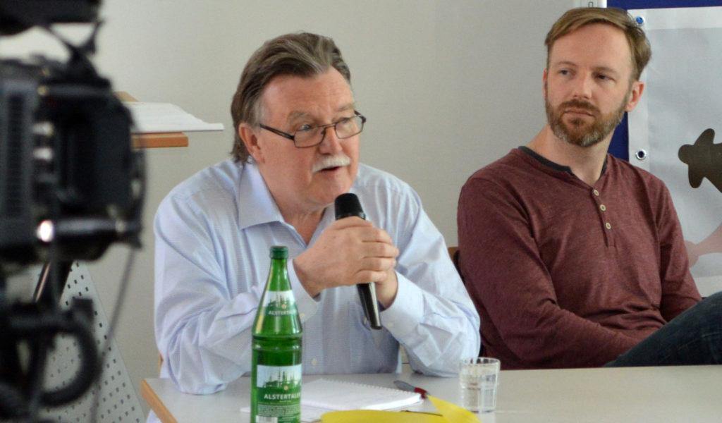 Synes Ernst (ehemaliger Spiel-des-Jahres-Vorsitzender) und Manuel Fritsch (Podcast Insert Moin)